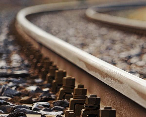 001A-infraestrutura-ferroviaria